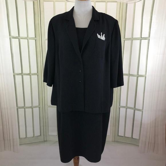 Plaza South Dresses & Skirts - 2 PC Pinstripe Career Blazer Shift Dress Suit Set